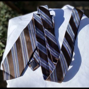 "NW Brooks Brothers 346 🇺🇸 Made 💯 Silk Tie, 58""L"